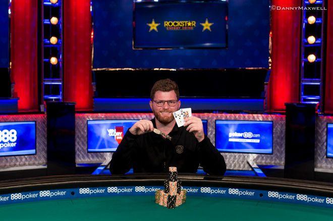 """100,000 dolerių įpirkos WSOP """"High Roller"""": pergalę iškovojo Nickas Petrangelo 0001"""