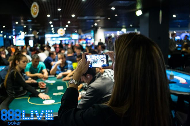 Qualify to the 888poker LIVE Barcelona for Just $0.01 0001