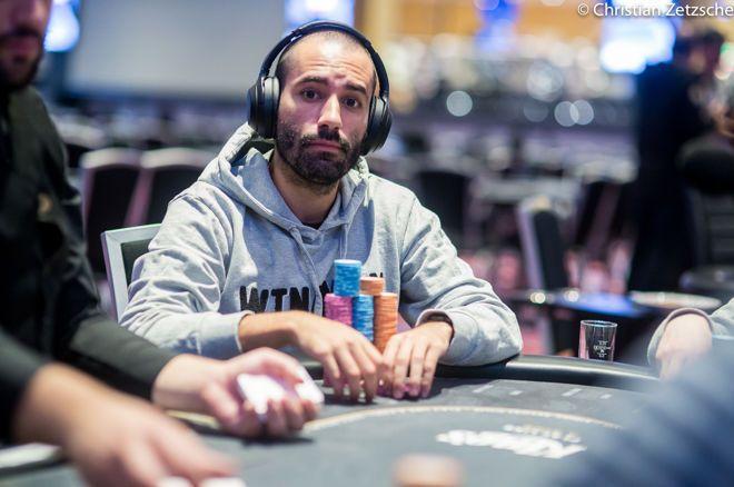 Joao Vieira menyangkal gelang kepala WSOP