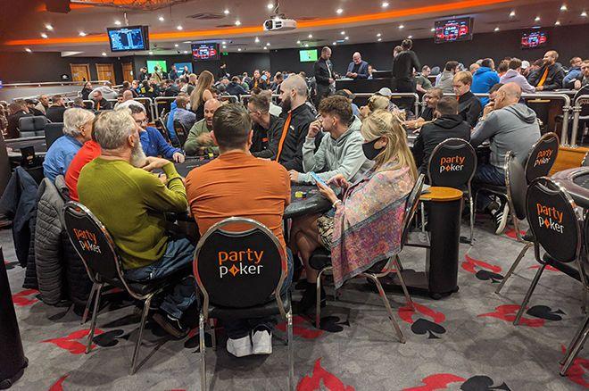 Poker Senja Hingga Fajar