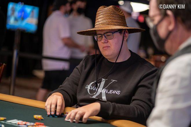 Poker klik tombol Henri Puustinen