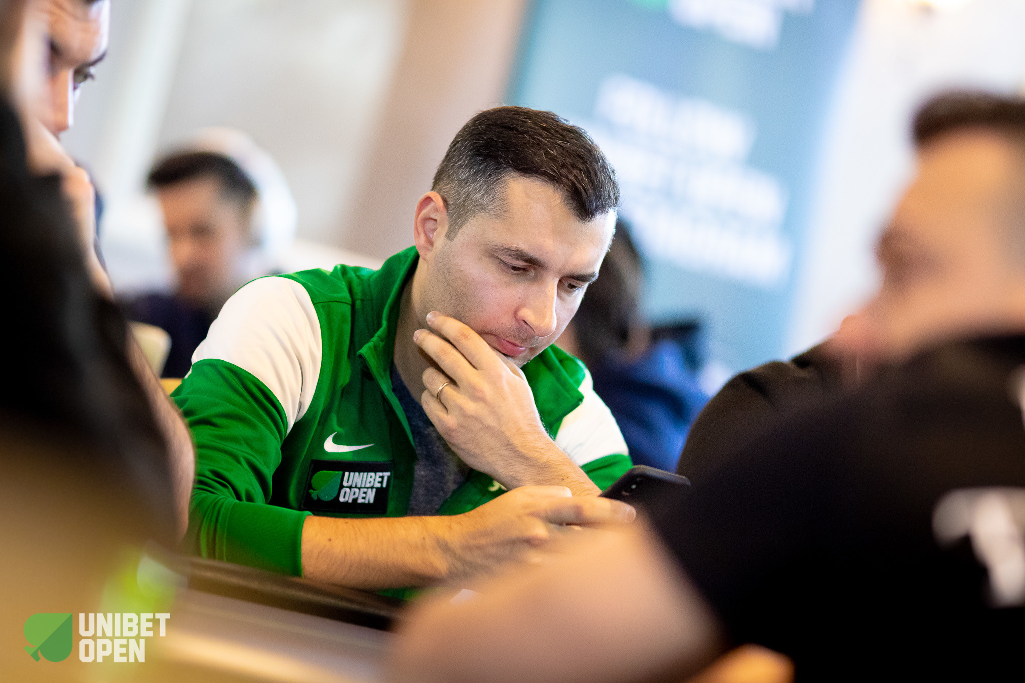 EUR1100 Main Event Day 1a