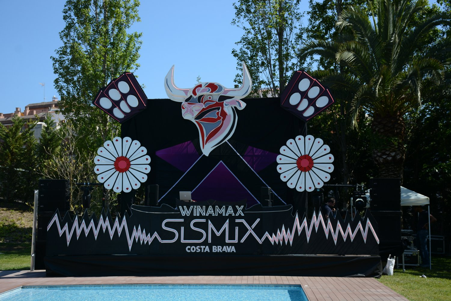 31135d08c492eb Stay tuned to PokerNews for continued coverage of the whole SISMIX festival  both on and off the felt!