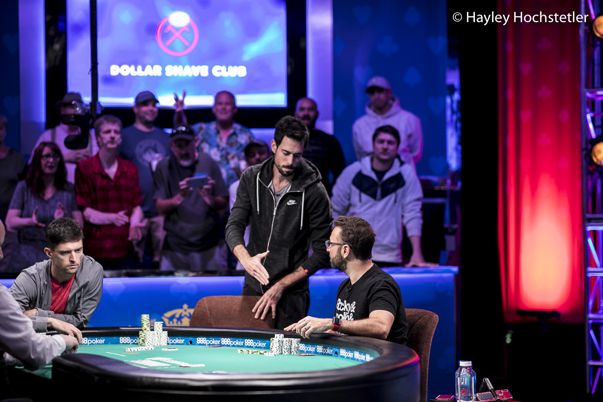 Nick Schulman eliminated in third place