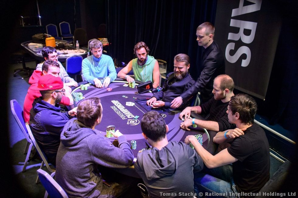€100,000 Super High Roller final nine