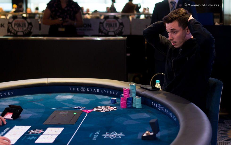 Alex Lynskey stunned on the final hand